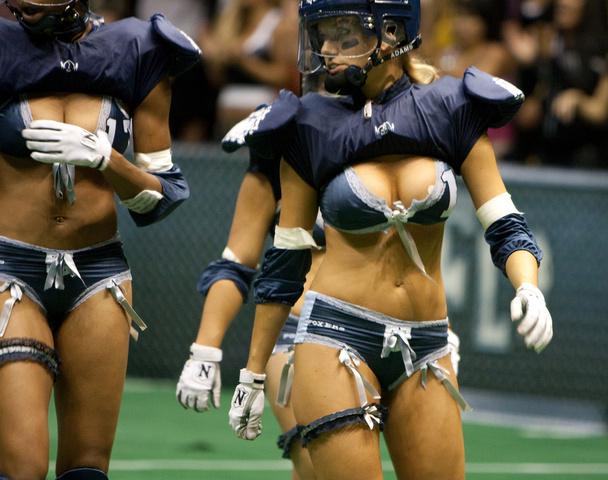 женский американский футбол