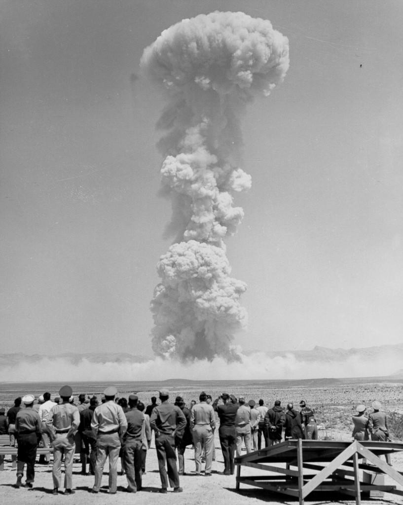 атомный взрыв 1955