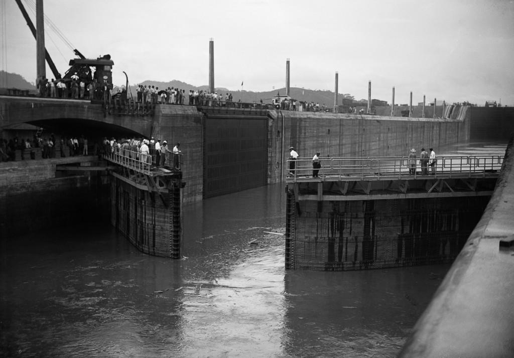 Miraflores Locks Opening to Receive First Ship