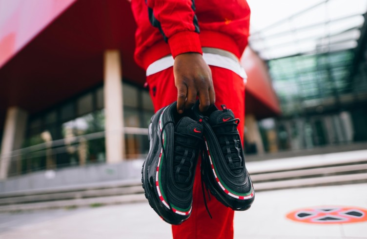 Кроссовки Max 97 Undefeated