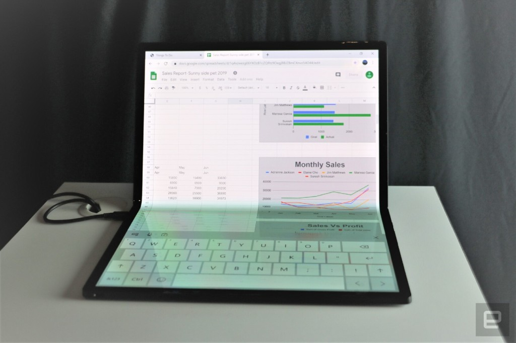 intel-horseshoe-bend-foldable-tablet-pc-hands-on-at-ces-2020-3