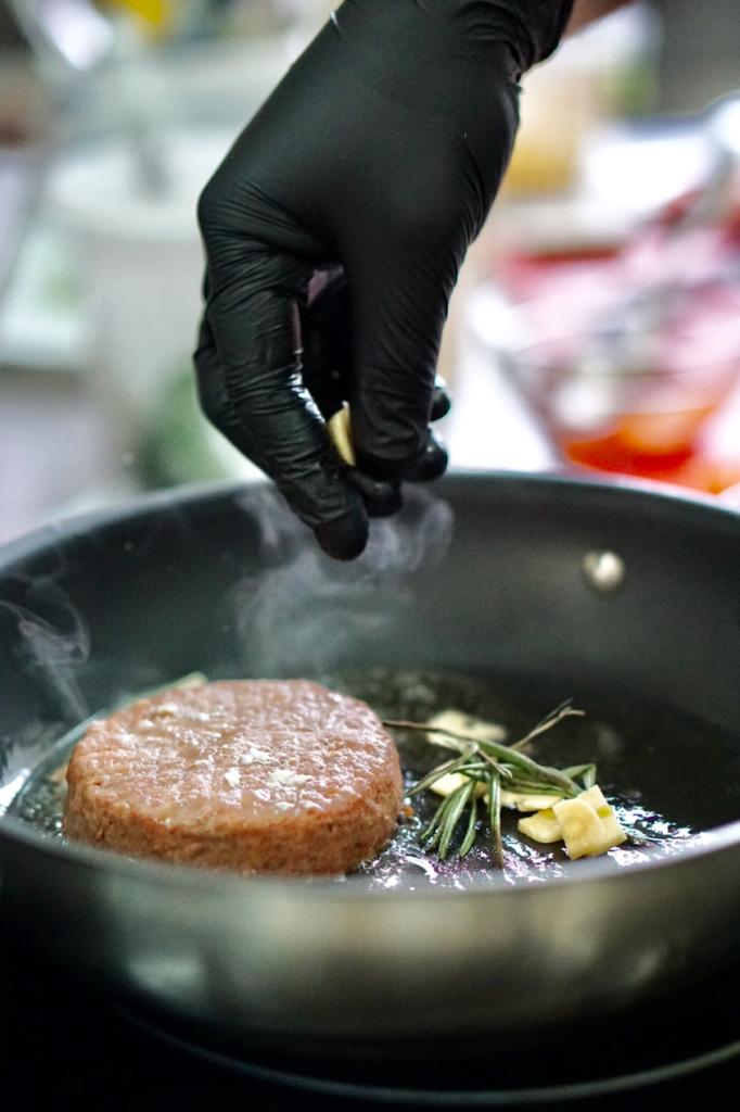 Растительное мясо Beyond Meat