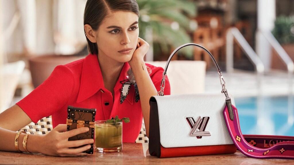 Кайя Гербер в своей первой кампании для Louis Vuitton